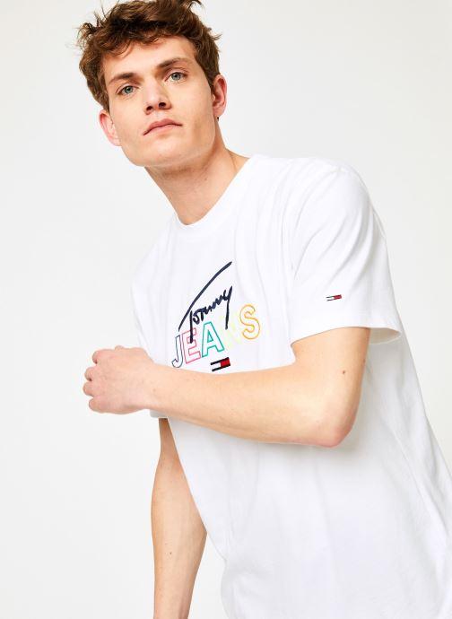 Vêtements Tommy Jeans TJM TOMMY SCRIPT TEE Blanc vue détail/paire