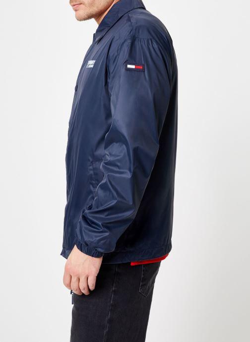 Tøj Tommy Jeans TJM SOLID COACH JACKET Blå Se fra højre