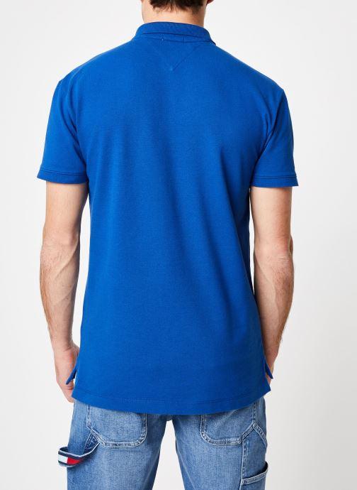 Vêtements Tommy Jeans TJM TOMMY CLASSICS SOLID POLO Bleu vue portées chaussures