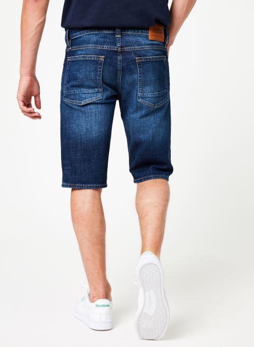 Vêtements Tommy Jeans RONNIE SHORT ELKDK Bleu vue portées chaussures
