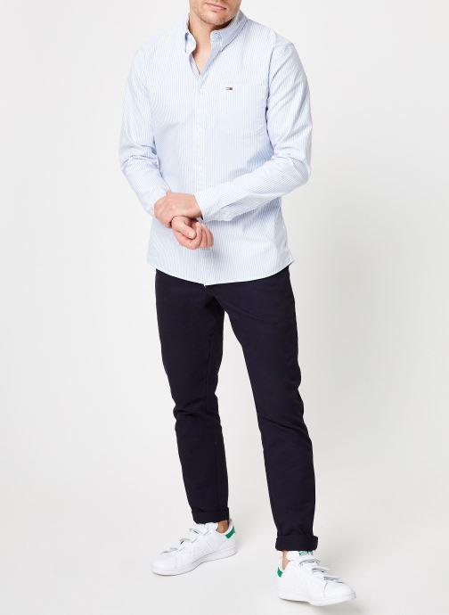 Vêtements Tommy Jeans TJM CLASSICS OXFORD ITHACA SHIRT Bleu vue bas / vue portée sac