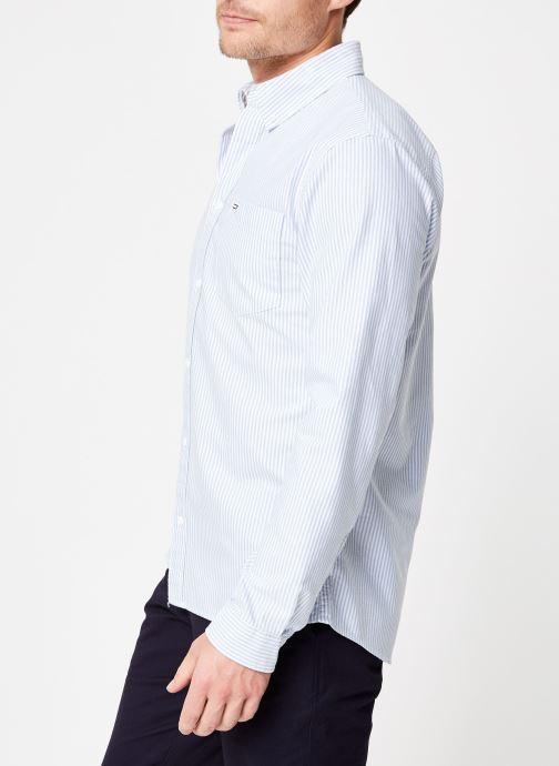 Vêtements Tommy Jeans TJM CLASSICS OXFORD ITHACA SHIRT Bleu vue droite