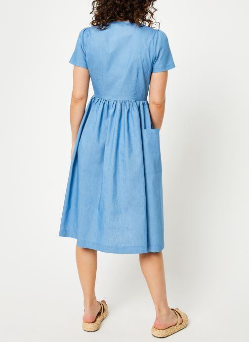 Vêtements Louche ZELDA-CHAMBRAY Bleu vue portées chaussures