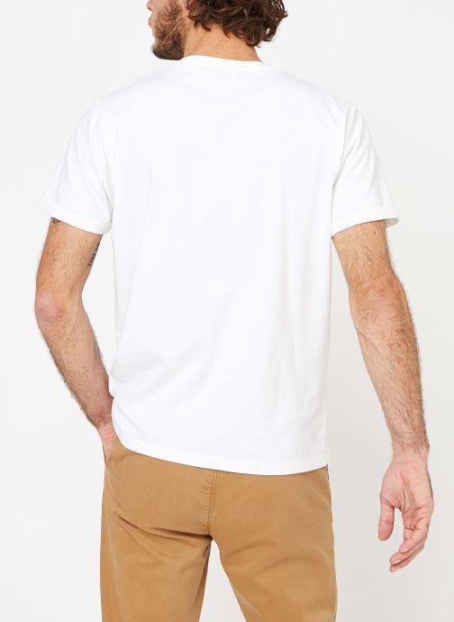 Vêtements Cuisse de Grenouille TEE-SHIRT - VAGUE POCKET Blanc vue portées chaussures