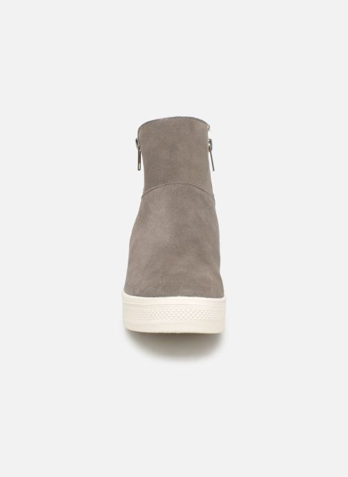 Steve Madden Wanda Wedge Sneaker (Gris) - Bottines et boots (370181)