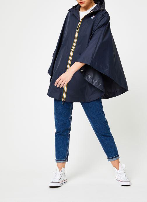 Vêtements K-Way  LE VRAI 3.0 MORGAN Bleu vue bas / vue portée sac