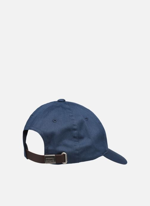 Casquettes Levi's Classic Twill Red Tab Baseball Cap Bleu vue portées chaussures