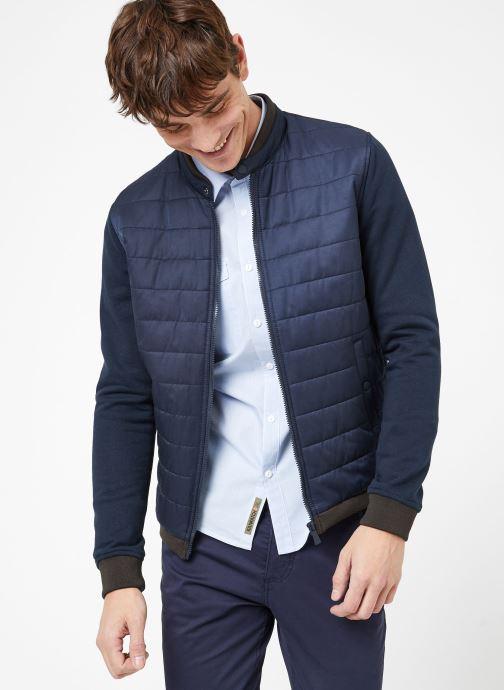 Vêtements Kiliwatch B-WONDER Bleu vue droite