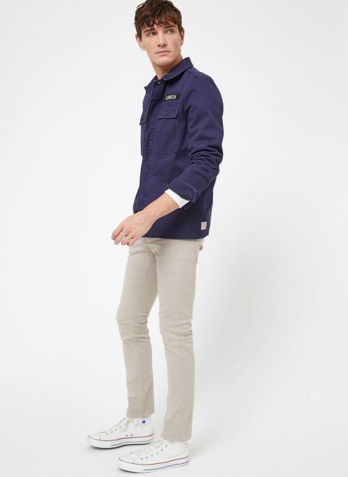 Vêtements Kiliwatch V-HANDBRAKE Bleu vue bas / vue portée sac
