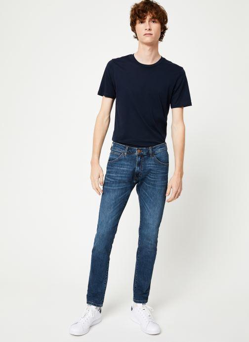 Vêtements Wrangler BRYSON Bleu vue bas / vue portée sac