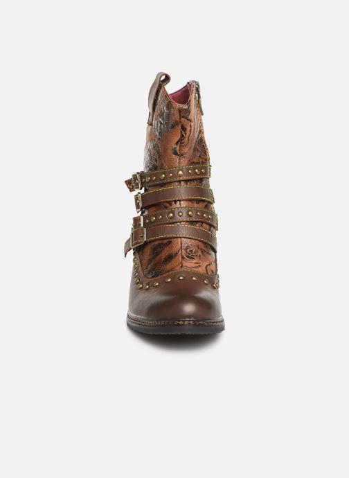 Bottines et boots Laura Vita ALIZEE 038 Marron vue portées chaussures