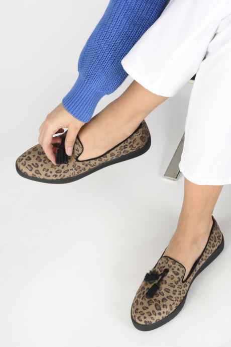 Loafers Les P'tites Bombes FLAVIE Brown view from underneath / model view