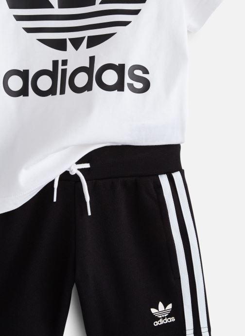Vêtements adidas originals Short Tee Set K Blanc vue portées chaussures