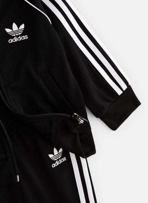 Vêtements adidas originals Superstar Suit I Noir vue portées chaussures