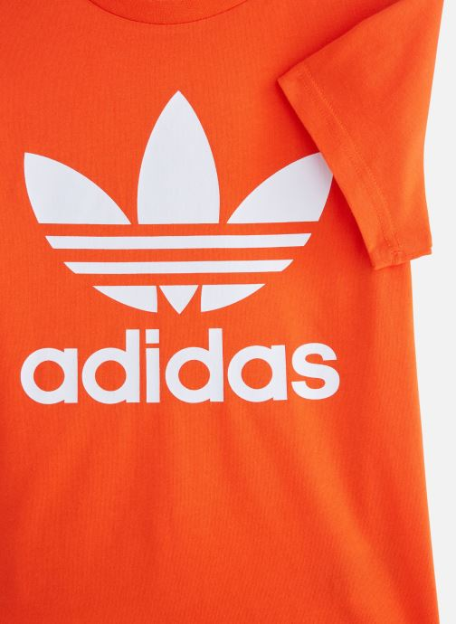 Ropa Adidas Originals Trefoil Tee J Naranja vista del modelo