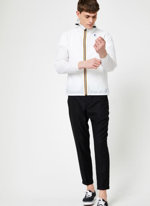Vêtements K-Way  LE VRAI 3.0 CLAUDE Blanc vue bas / vue portée sac