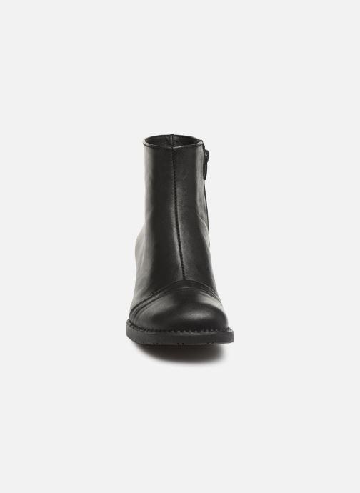 Ankle boots Art 077 Star Black Black model view