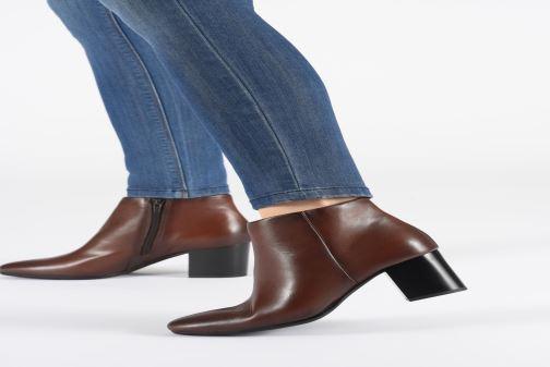 Bottines et boots Tamaris Base Marron vue bas / vue portée sac