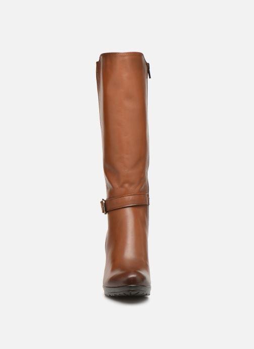 Boots & wellies Tamaris Clea Brown model view