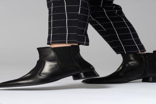 Bottines et boots Tamaris Adria Noir vue bas / vue portée sac