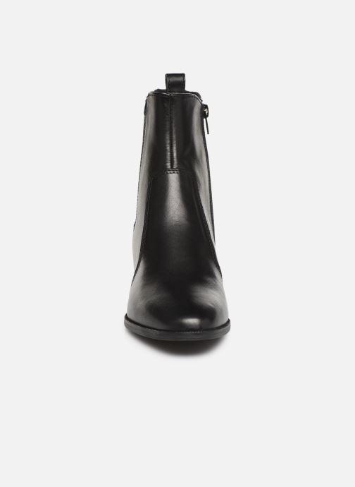 Bottines et boots Tamaris Adria Noir vue portées chaussures