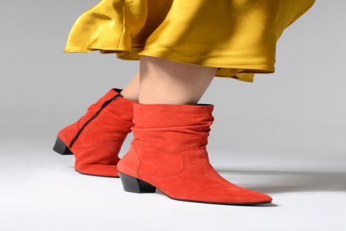 Bottines et boots Tamaris Juna Rouge vue bas / vue portée sac