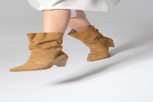 Bottines et boots Tamaris Fard Marron vue bas / vue portée sac