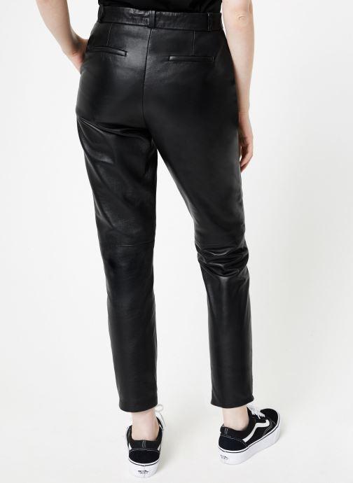 Vêtements Oakwood ULTIME Noir vue portées chaussures