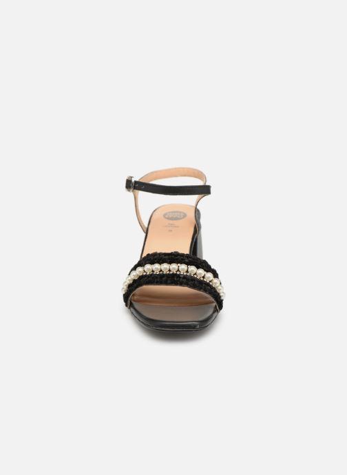 Sandales et nu-pieds Gioseppo 45342 Noir vue portées chaussures