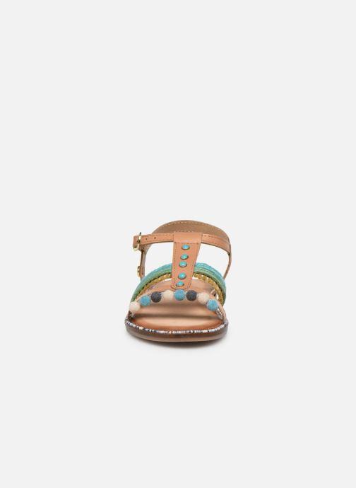 Sandali e scarpe aperte Gioseppo 44658 Marrone modello indossato