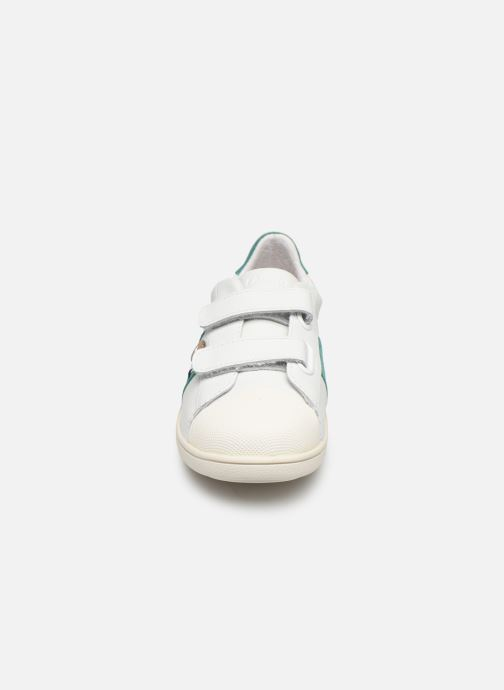 Sneakers Faguo Tennis Hostav Lea Bianco modello indossato