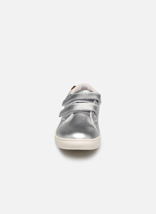 Sneakers Faguo Tennis Aspenlowv Leather Argento modello indossato
