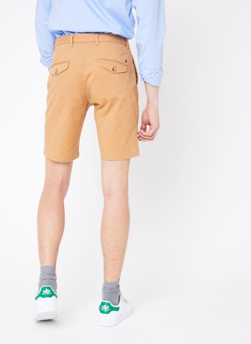 Vêtements Scotch & Soda Classic cotton/elastane chino short Marron vue portées chaussures