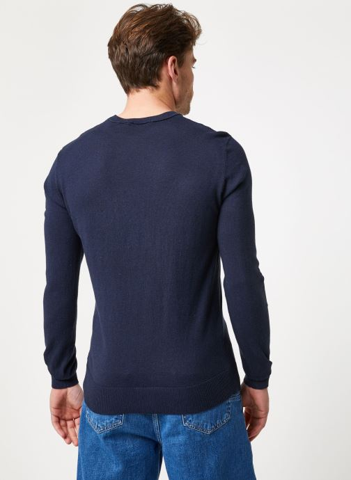 Vêtements Scotch & Soda Classic crewneck pull in soft cotton quality Bleu vue portées chaussures