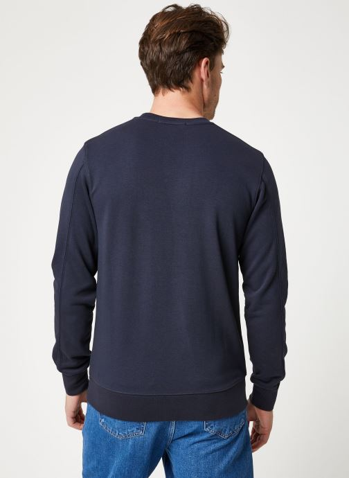 Vêtements Scotch & Soda Classic crewneck sweat with Scotch logo embroidery Noir vue portées chaussures