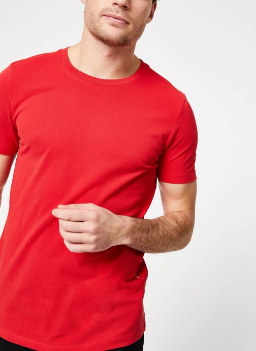 Vêtements Scotch & Soda Crewneck tee in lightweight pique quality Rouge vue détail/paire