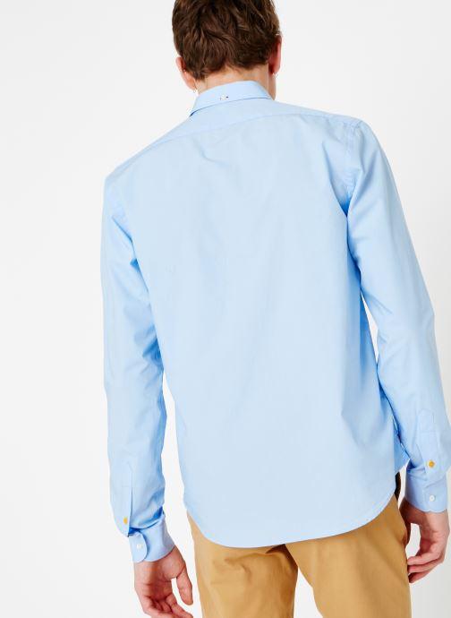 Vêtements Scotch & Soda REGULAR FIT - Classic crispy shirt Bleu vue portées chaussures