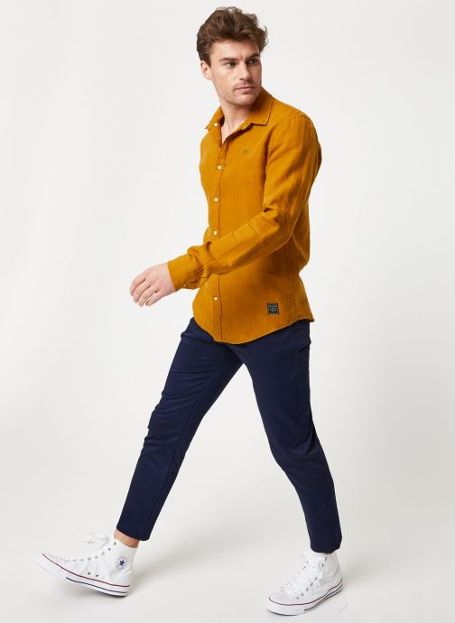 Vêtements Scotch & Soda REGULAR FIT - Garment dyed linen shirt Marron vue bas / vue portée sac