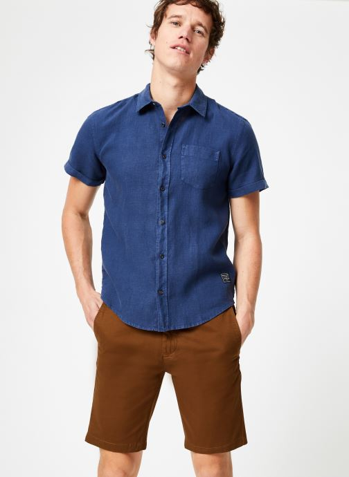 Vêtements Scotch & Soda REGULAR FIT- Garment-dyed linen shortsleeve shirt Bleu vue détail/paire