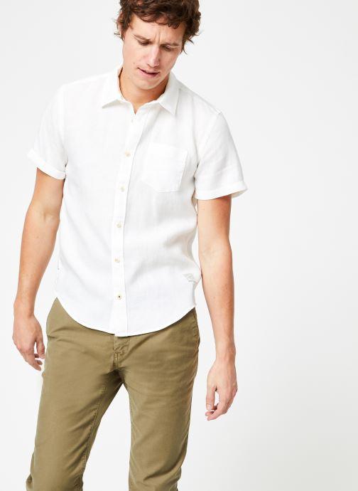 Vêtements Scotch & Soda REGULAR FIT- Garment-dyed linen shortsleeve shirt Blanc vue droite