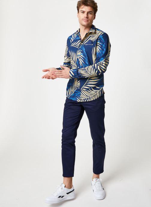 Vêtements Scotch & Soda REGULAR FIT- Shirt with sleeve collectors and fixed pochet Bleu vue bas / vue portée sac