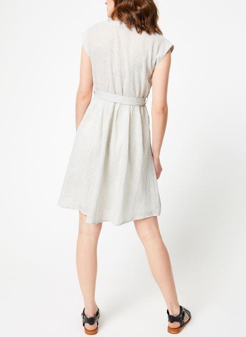 Vêtements Garance BANILA Blanc vue portées chaussures
