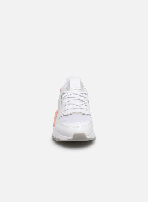 Baskets Puma Rs-0 Sound W Blanc vue portées chaussures