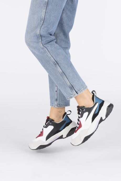 Trainers Puma Thunder Rive Droite White view from underneath / model view