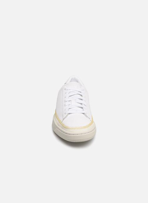 Baskets Puma Basket Arrow Head Blanc vue portées chaussures