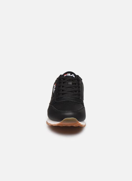 Baskets FILA Orbit Jogger N Low Noir vue portées chaussures