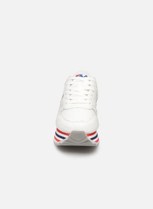 Baskets FILA Orbit Zeppa Stripe Wmn Blanc vue portées chaussures