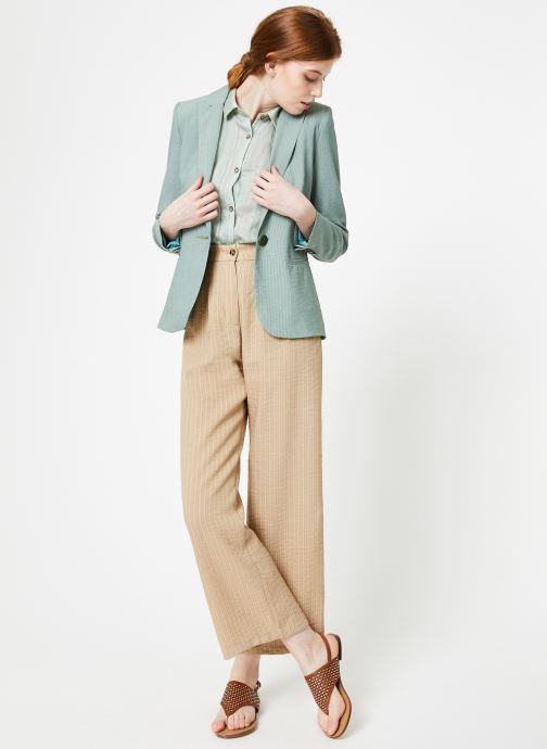 Vêtements Yuka Veste Liam Vert vue bas / vue portée sac