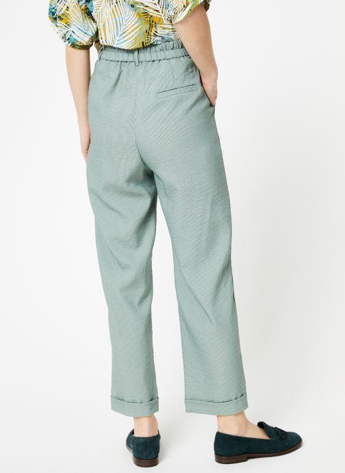 Vêtements Yuka Pantalon Chicago Vert vue portées chaussures