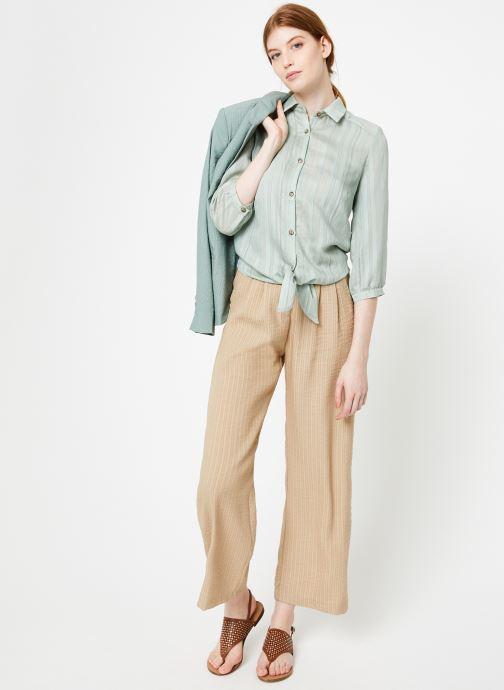 Vêtements Yuka Pantalon Ysia Beige vue bas / vue portée sac